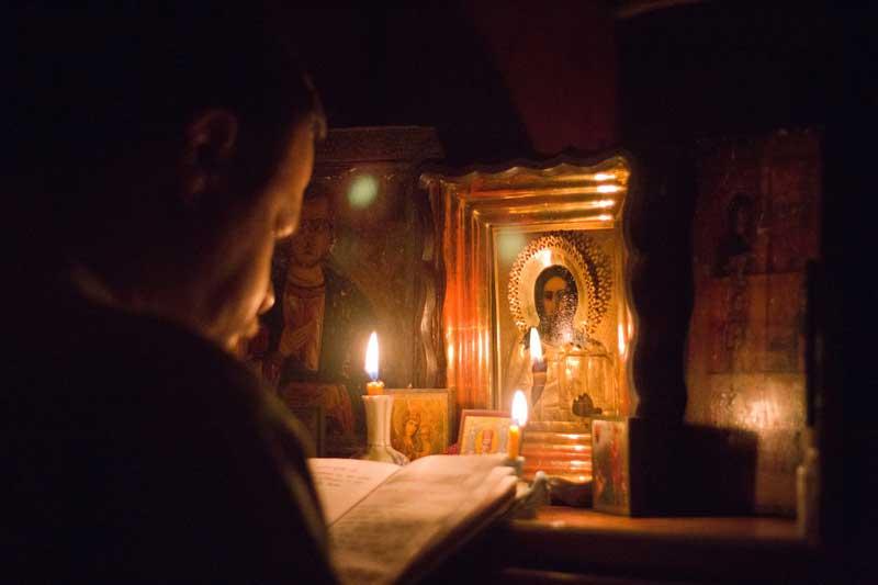 молитва со свечой2