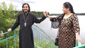 Как индианка стала православной матушкой