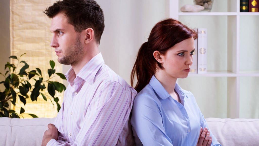О том, как мы прячем семейные проблемы