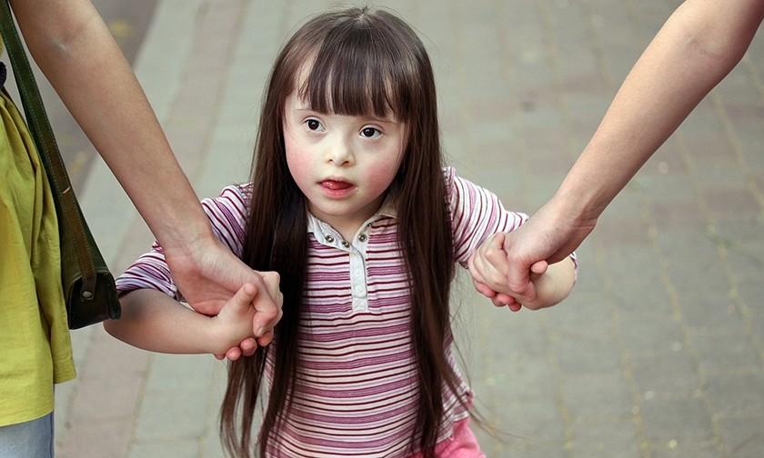 «Мы нужны Маше, а она нужна нам». Как моя дочь с синдромом Дауна пошла в детский сад